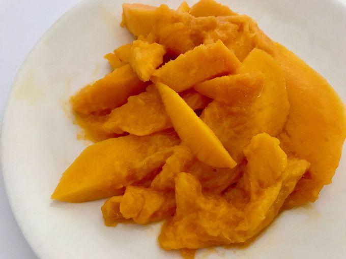 旬のマンゴーはまるでゼリーのような口どけ