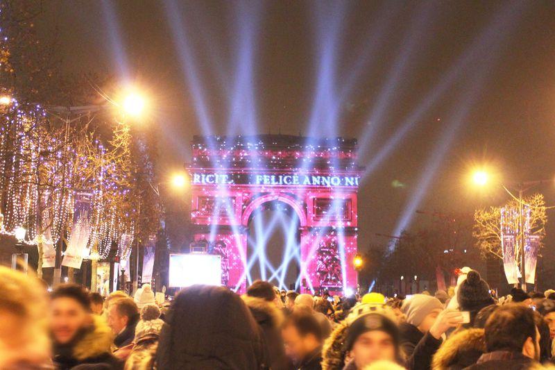 すごい!パリ・凱旋門で最高の年越しカウントダウン完全ガイド