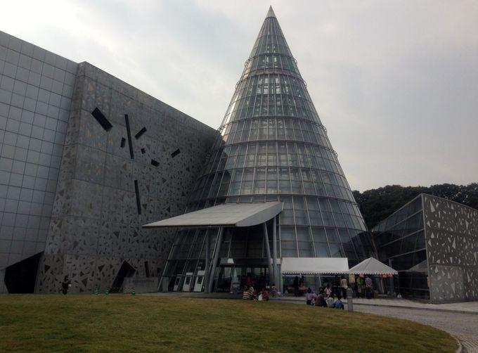 実物大の動く恐竜がリアルすぎ!愛媛が誇る科学技術の粋を集めた「愛媛県総合科学博物館」