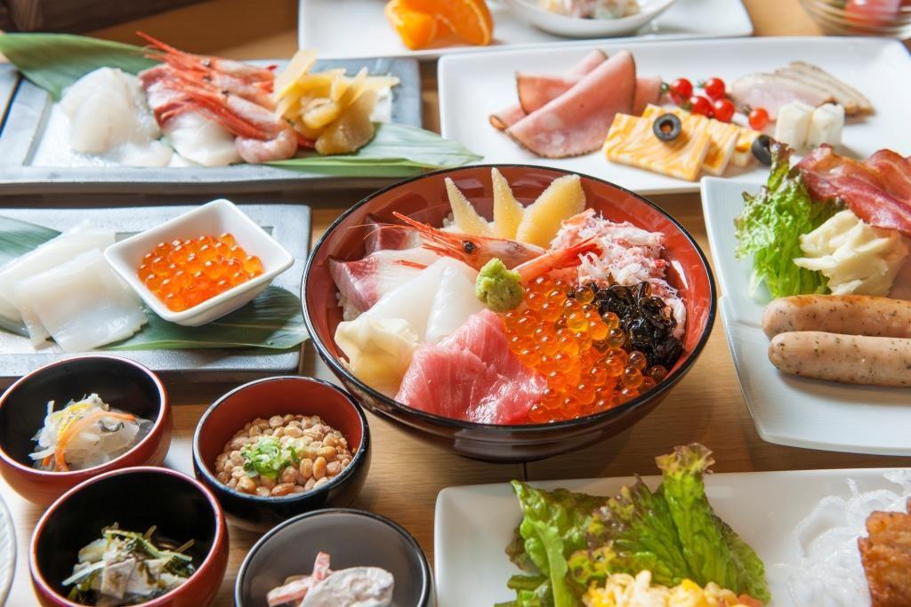 食べなきゃ損!!朝から豪華に海鮮丼の贅沢