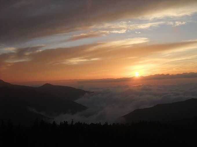 感動!志賀草津高原ルート・横手山ドライブインから見た夕陽に照らされる雲海!!