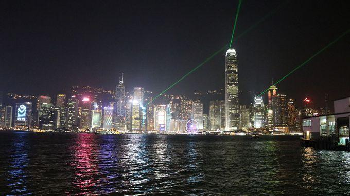 4.100万ドルの夜景に酔いしれる「香港」