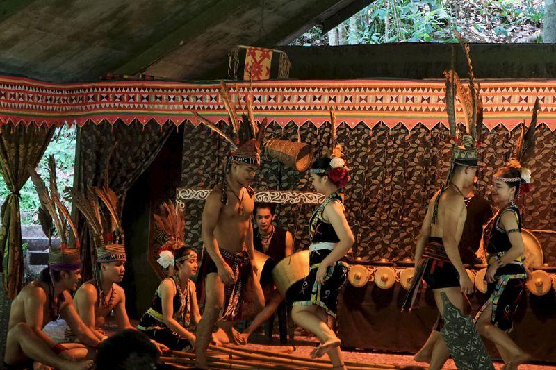 まるでテーマパーク! 先住民族の文化を学べる「マリマリ文化村」