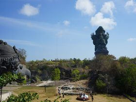 バリ島に新名所!GWKカルチュラルパークに巨大像が完成