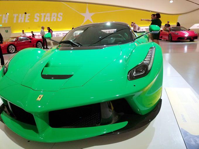美しすぎるフェラーリ、歴代から新型モデルまで一堂に