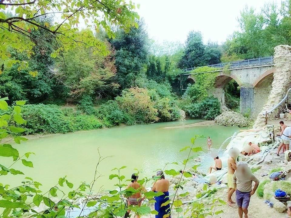 ローマ教皇ピウス二世、メディチ家が訪れた温泉地「ペトリオーロ」