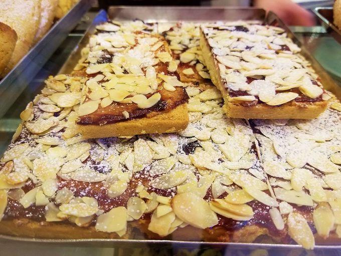 バール・アモーレの人気のお菓子、オーナーのおすすめは?