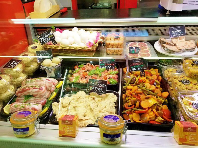 90年の歴史と伝統「ワグネル市場」はミラネーゼの台所