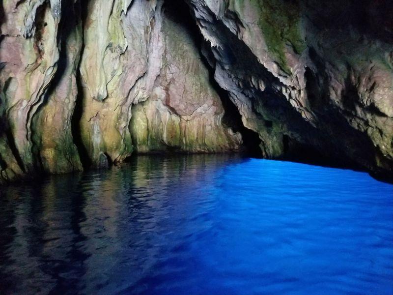 南伊・穴場なパリヌーロ「青の洞窟」秘蔵ビーチもグルメも堪能!