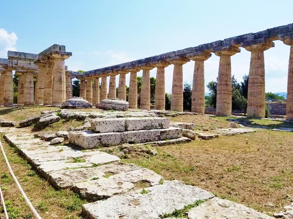 世界遺産のギリシャ神殿「パエストゥム」へ
