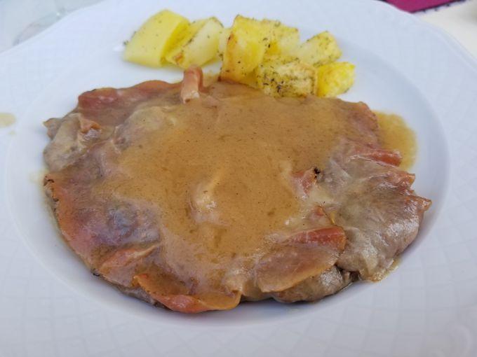 エルバ・レジーナオリジナルのハーブ料理レストラン