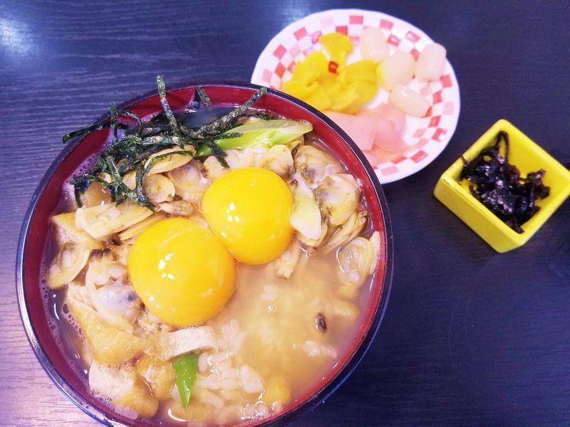 東京深川めし味巡り!ぶっかけ、蒸し、炊き込み食べ比べ3選