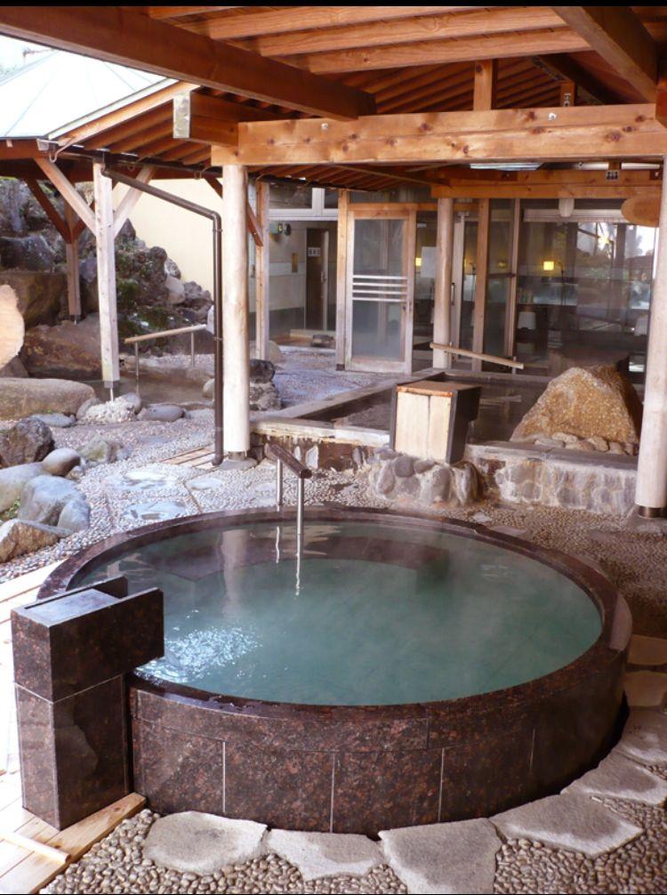 2箇所ある露天風呂付き温泉で湯巡り気分