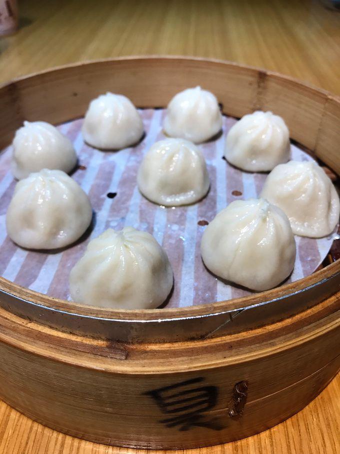 2.パリパリ羽付き小籠包なら「上海邵師傅湯包」