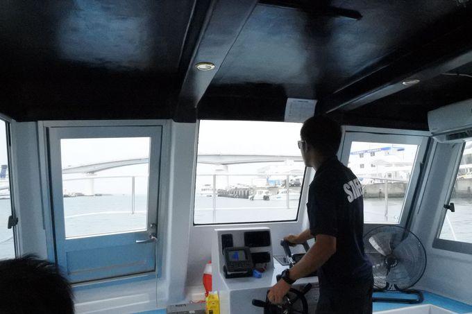 就航したばかりのキレイな船で海中散歩に出かけよう!