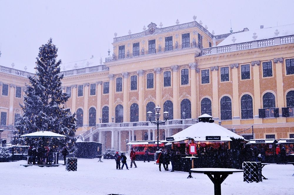 絵になる!世界遺産シェーンブルン宮殿のクリスマスマーケット