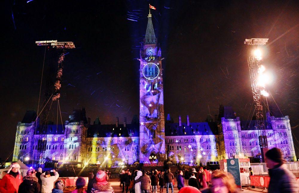 カナダの冬をイメージしたライトショー