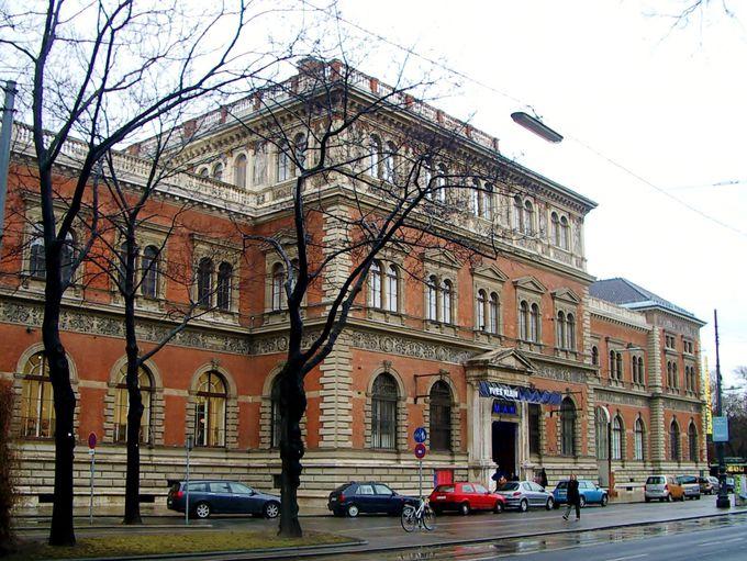 MAK美術館