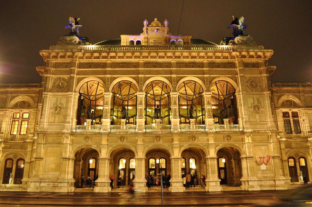 夜:オペラ座へ!
