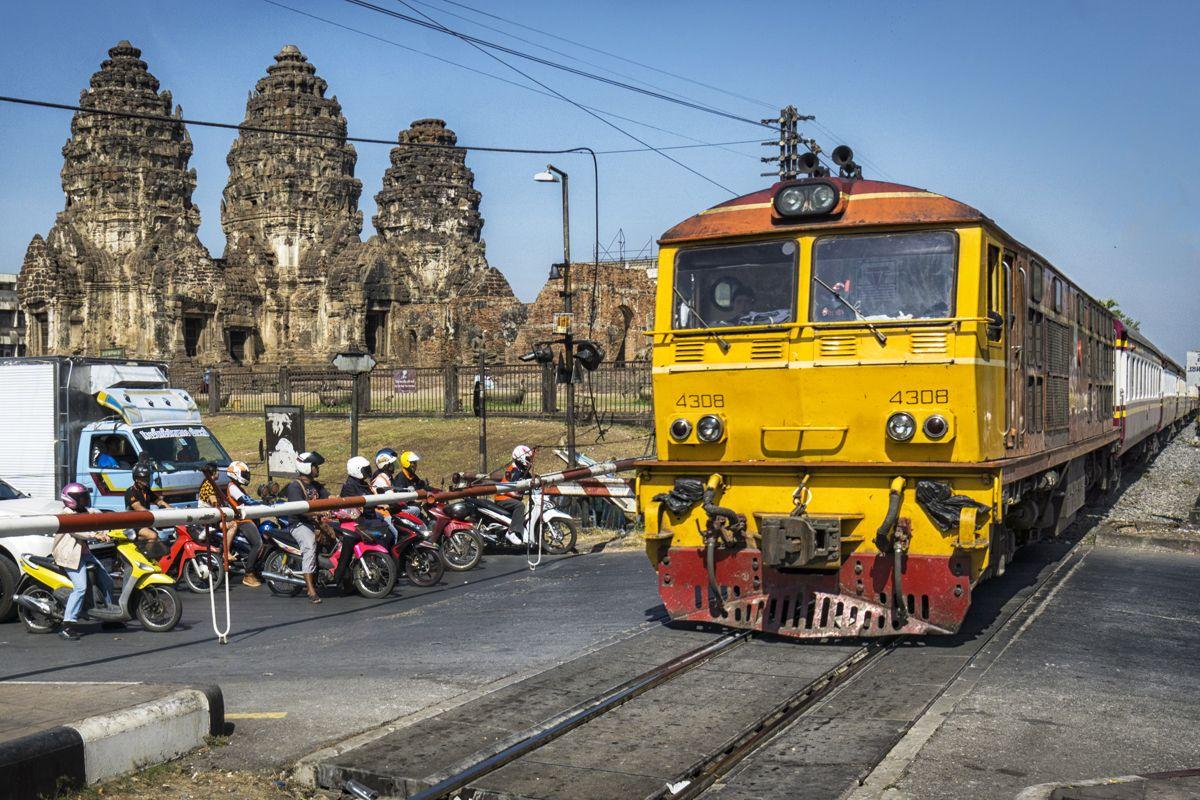 魅力満載の遺跡シティ!タイ最古級の街「ロッブリー」