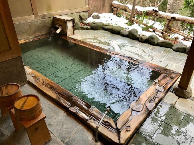 あふれる源泉かけ流し!無料の貸切露天風呂をたっぷり堪能