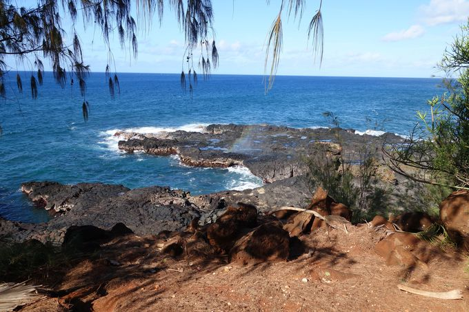 1、岩と波の演出!ポイプ潮吹き穴