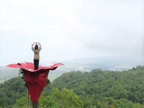 洞窟散策も!ジョグジャカルタの崖上フォトスポットがすごい