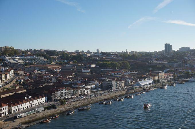 ワイナリーが並ぶ港町「ポルト」