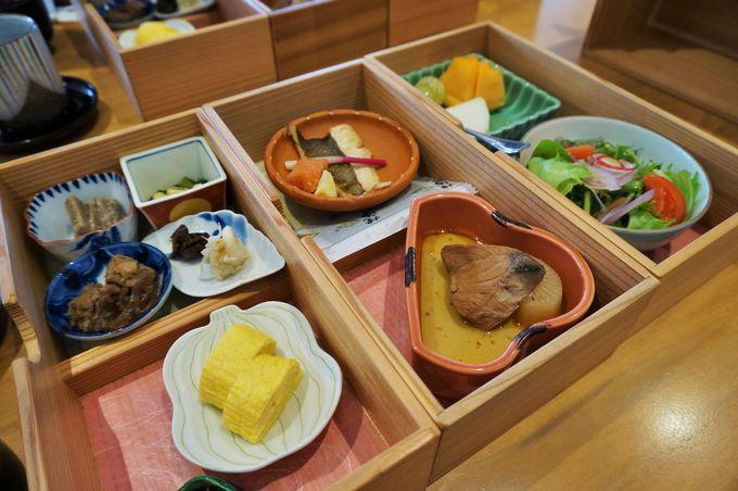 日本食の美しさを味わえる豪華な朝食!