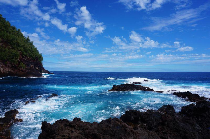 海や夕焼けの絶景ドライブ!マウイ島「ハナ・ハイウェイ」