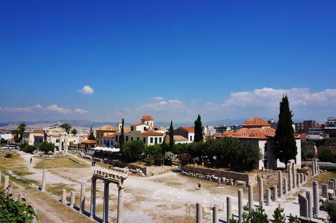 市民が行き交っていた「ハドリアノスの図書館」と「ローマン・アゴラ」