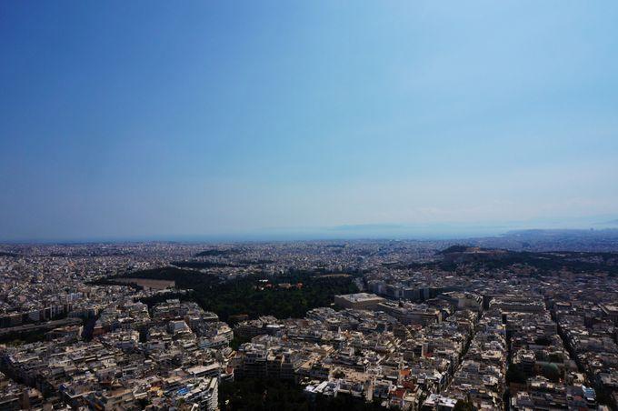 アテネ市街を一望できる「リカヴィトスの丘」