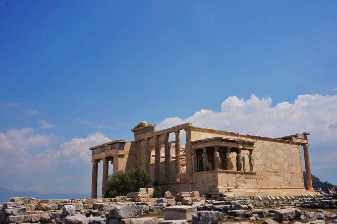 アテネで欠かせない観光スポット「アクロポリス遺跡」