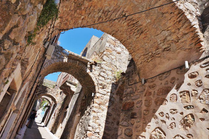 石造りの街並みやビーチ!ギリシャ・ヒオス島南部のおすすめ3選