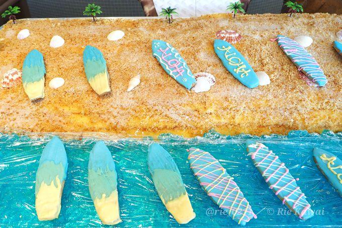 南国ビーチにいる気分になれるハワイアンなデザートもかわいい