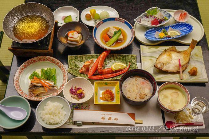 日本海の大パノラマ!歴史ある温泉宿「亀や」