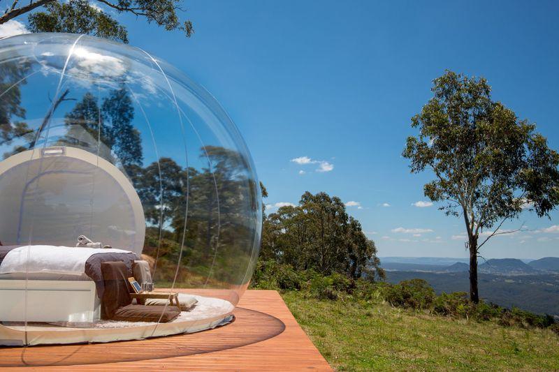 透明なバブルテントでオーストラリアの大自然を満喫しよう!