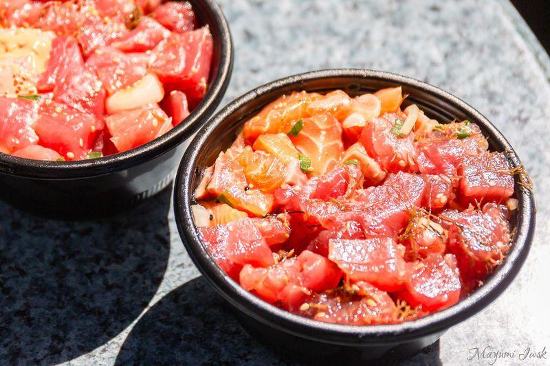 ワイキキ近郊「ニコス・ピア38」で新鮮なポケ(ポキ)を食べよう!