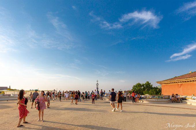 【3】バルセロナの街を一望できる「大広場」