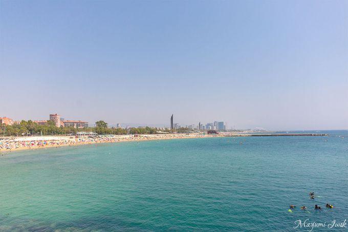 バルセロナにあるビーチ「バルセロネータ」