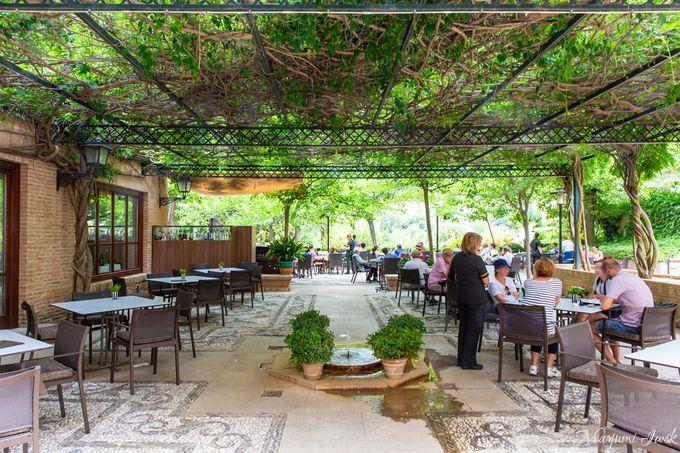開放的な眺めのいいレストラン