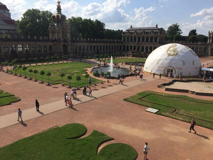 まさに豪華絢爛「ツヴィンガー宮殿」