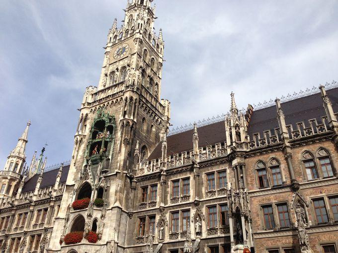 ミュンヘンの1番の人気スポット「マリエン広場」