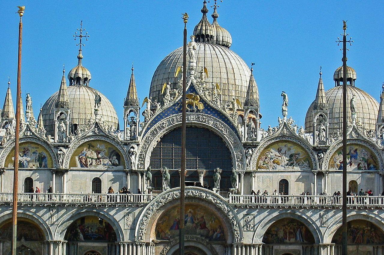 ベネチア共和国の繁栄の象徴「ドゥカーレ宮殿」