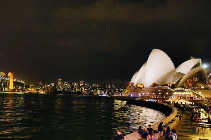 1日目夜:ライトアップされたシドニーの街