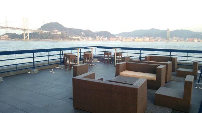関門海峡に面する好立地のルーフトップダイニングのある民泊
