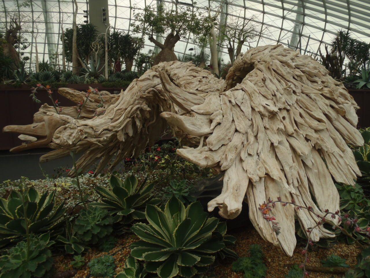 フラワードームも圧巻の広さと花の種類の多さに驚き!