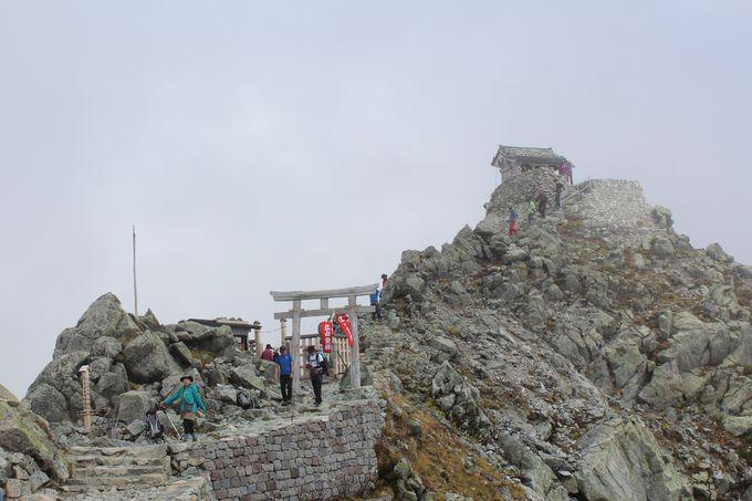 3.雄山の山頂、雄山神社に参拝!