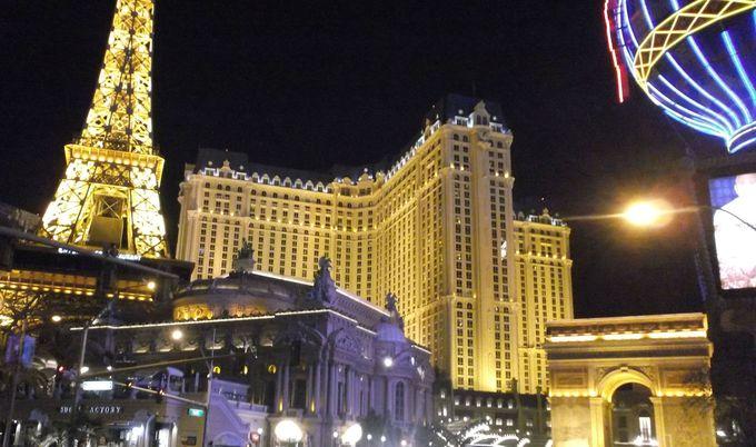 ホテルが作り出す夜景を楽しもう!