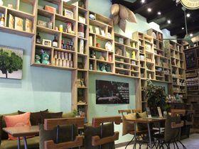 ホイアンの古民家カフェ「COCOBOX」はオーガニック感満点!